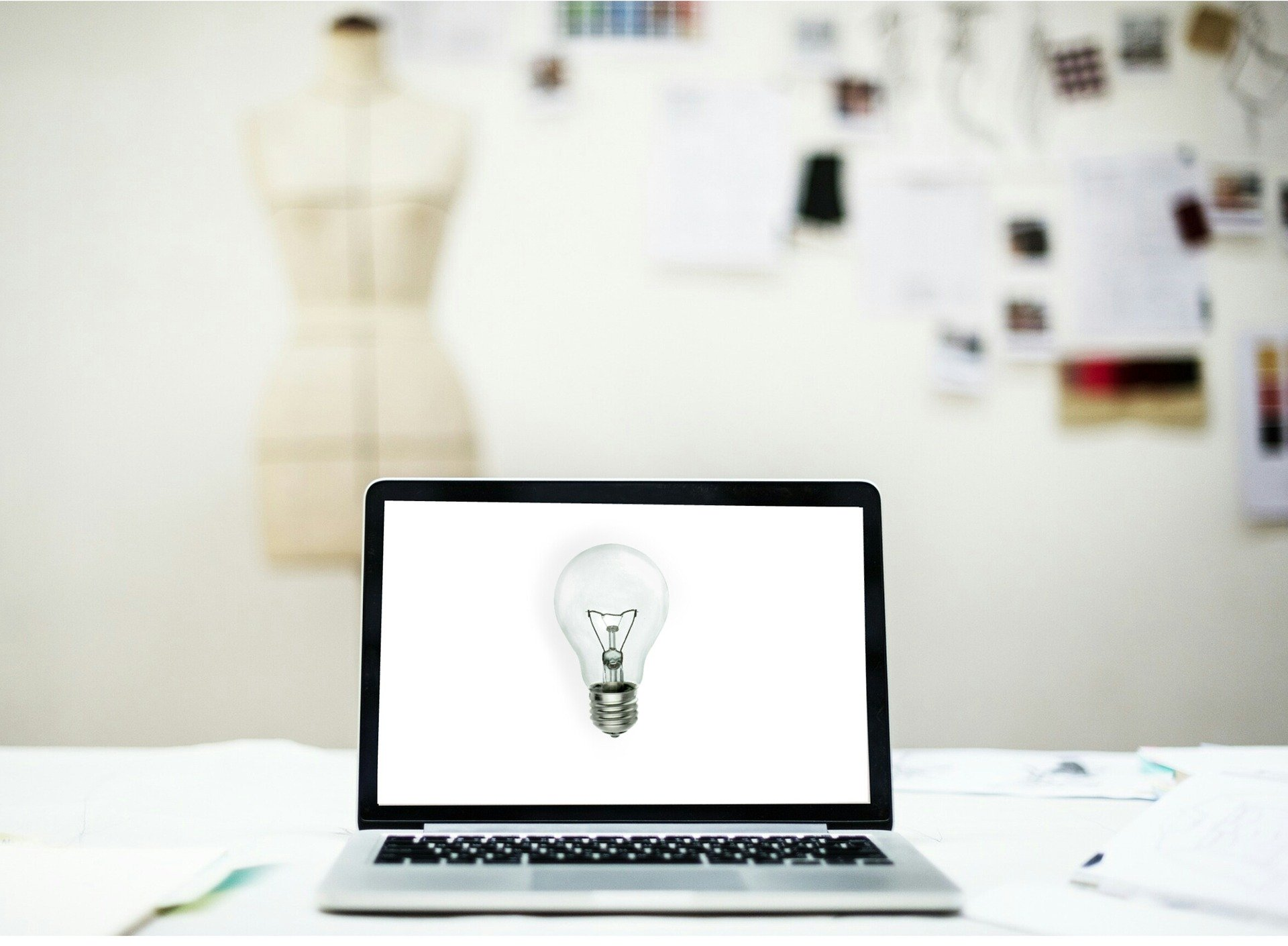 Online Business Model Canvas for Local SME